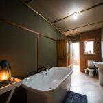 2b-bathroom-bath